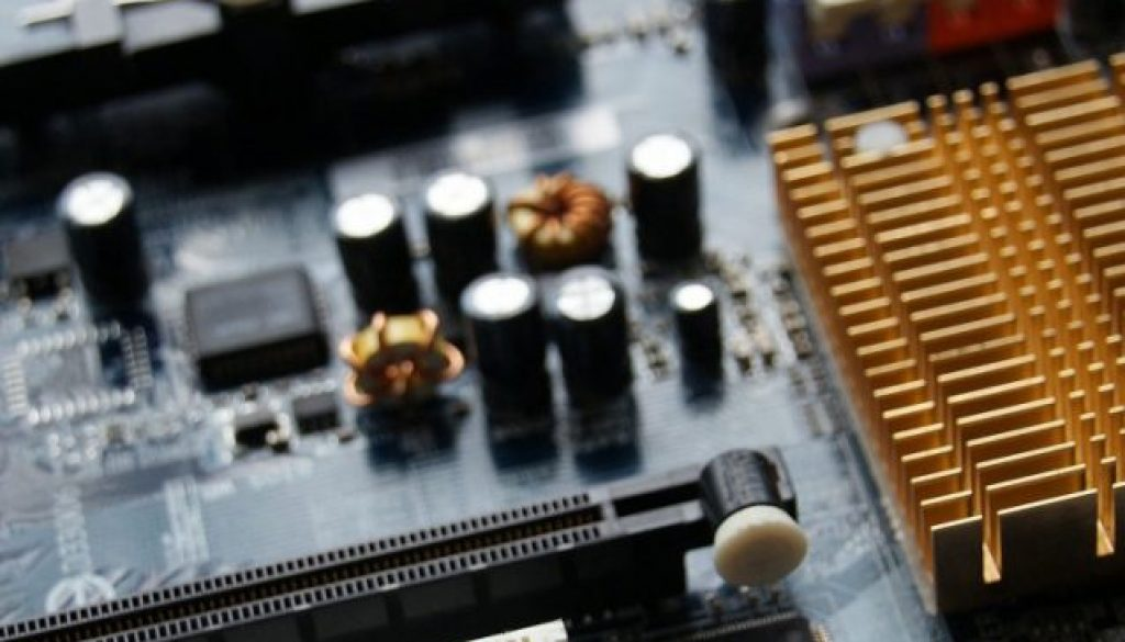 motherboard-3720051_1920